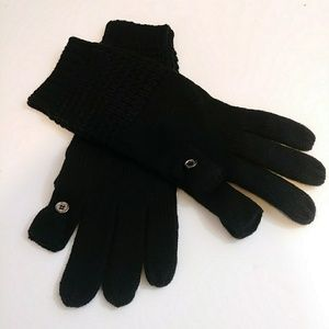 NWOT Calvin Klein Waffle Knit Touch Gloves Black